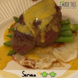 Beef fillet with hollandaise sauce, potato dauphinois and asparagus (2)